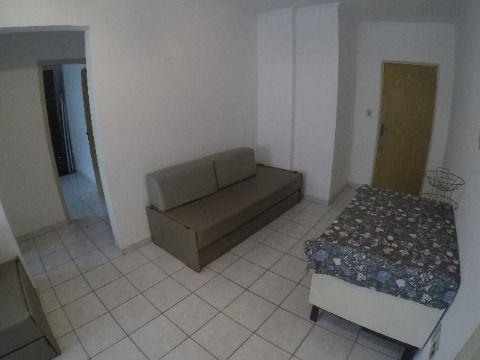 Apartamento com 01 dormitório na Guilhermina em Praia Grande