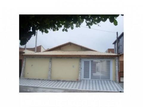 Linda Casa de 260 m² no bairro Jardim Imperador na cidade de Praia Grande - SP.
