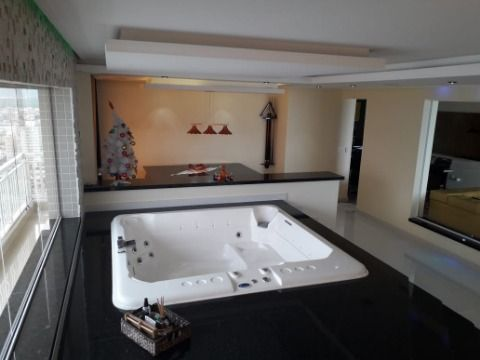 Excelente apartamento luxuoso com 326m² na Praia Grande