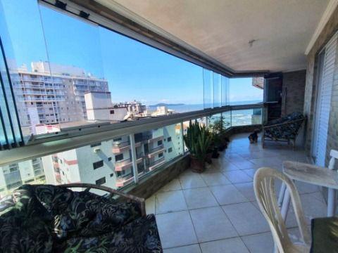 Excelente apartamento frente mar na Ocian, 4 dormitórios e 4 suítes