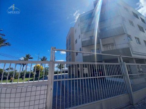 Excelente apartamento c/ 01 dorm à 100 metros da Praia no Caiçara