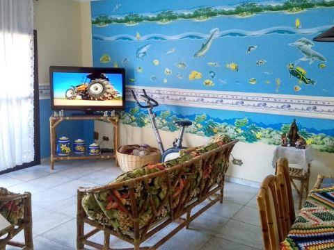 Excelente apartamento c/ 3 dorm m² à 200m da praia na Guilhermina.