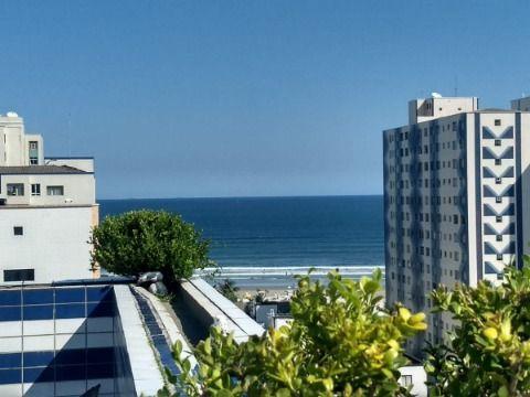 Excelente cobertura de 4 dorm c/280m² à 220m da praia na Guilhermina.