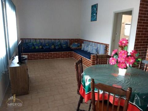Excelente casa c/ 04 dorm à 800m da praia no Caiçara