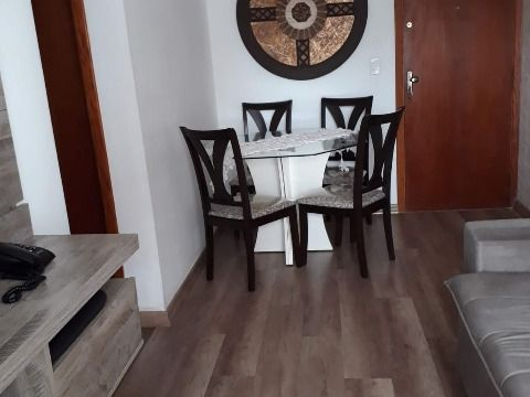 Aluga-se excelente apartamento com 02 dormitórios c/ 1 suíte na Guilhermina