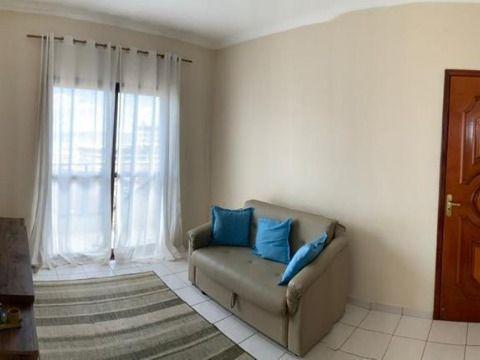 Excelente apartamento à 250m da praia no Maracanã