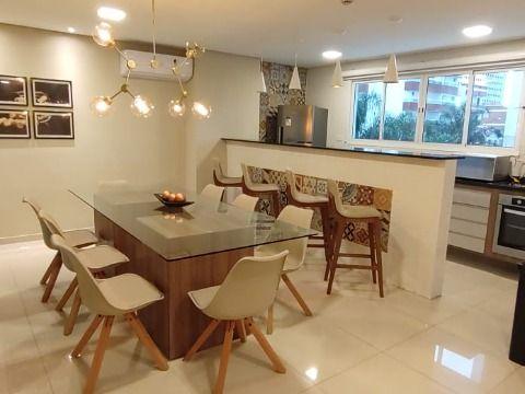 Aluga-se excelente apartamento com 2 dormitórios na Ocian