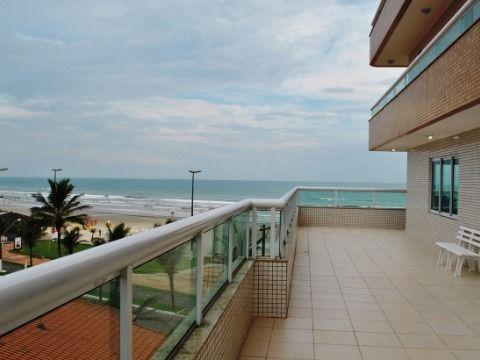 Excelente apartamento c/ 03 dormitórios à 50m da praia no Caiçara.