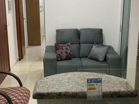 Excelente apartamento à 350m da praia c/ 01 dorm no Boqueirão