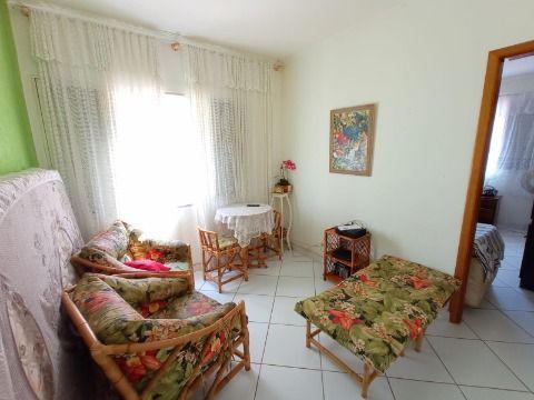 Excelente apartamento com 46m² frente praia na Tupi.