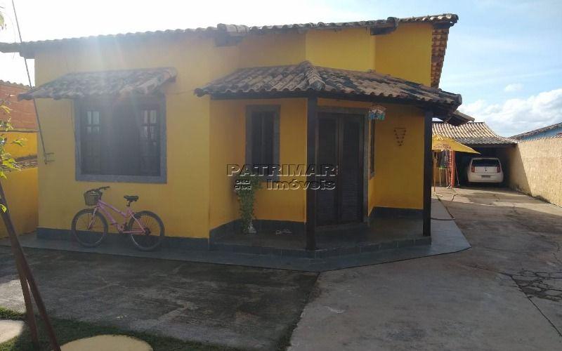 Ótima casa em Itaipuaçu 2 qtos com piscina