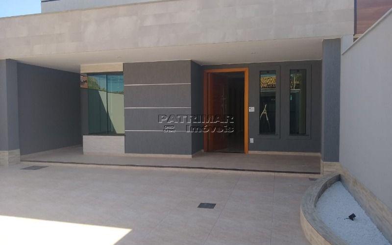 Lindíssima casa no Barroco de Itaipuaçú 3 quartos