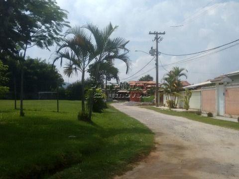 Ótimo terreno em Itaipuaçu em condomínio fechado