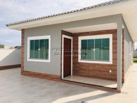 Excelente casa com 3 qtos e área de churrasqueira em Itaipuaçu.