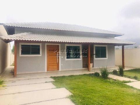 Linda casa à venda em Itaipuaçu 3 quartos