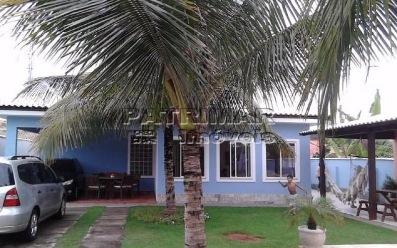 linda casa em itaipuaçu perto da praia