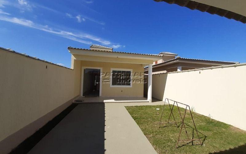 Linda casa à venda em Itaipuaçu (2 QTOS)