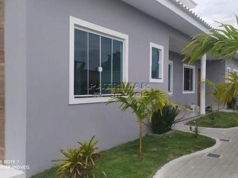 Ótima casa em Itaipuaçu  com dois em condomínio