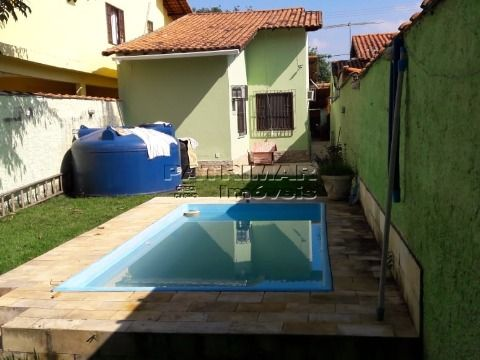 Ótima casa em Itaipuaçu com 2 qtos/piscina