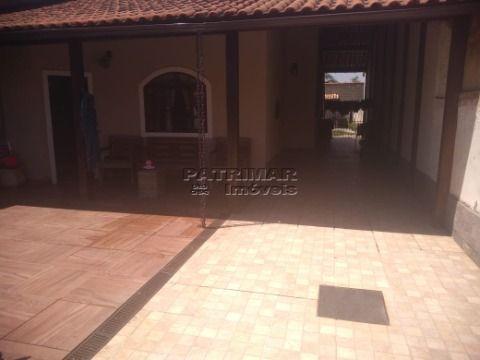 Ótima casa em Itaipuaçu com dois quartos