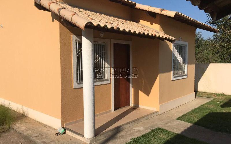 Ótima casa em Itaipuaçu 2 qtos terreno inteiro