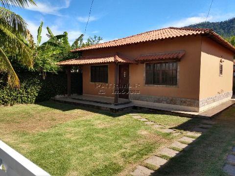 Casa á venda em Condomínio 2 qtos Itaipuaçu