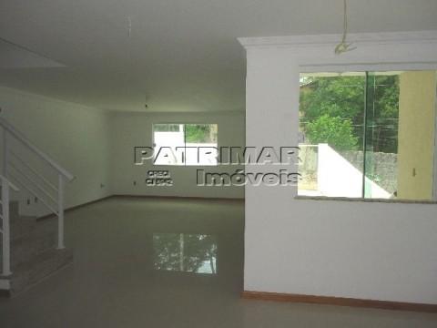 Casa residencial à venda no Engenho do Mato, Itaipu, Niterói.