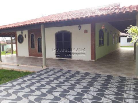 Vendo ótima casa em Itaipuaçu 3 qtos perto da Praia