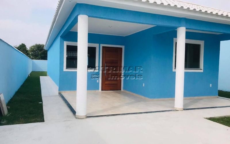 Ótima casa em Itaipuaçu ( 3 qtos )