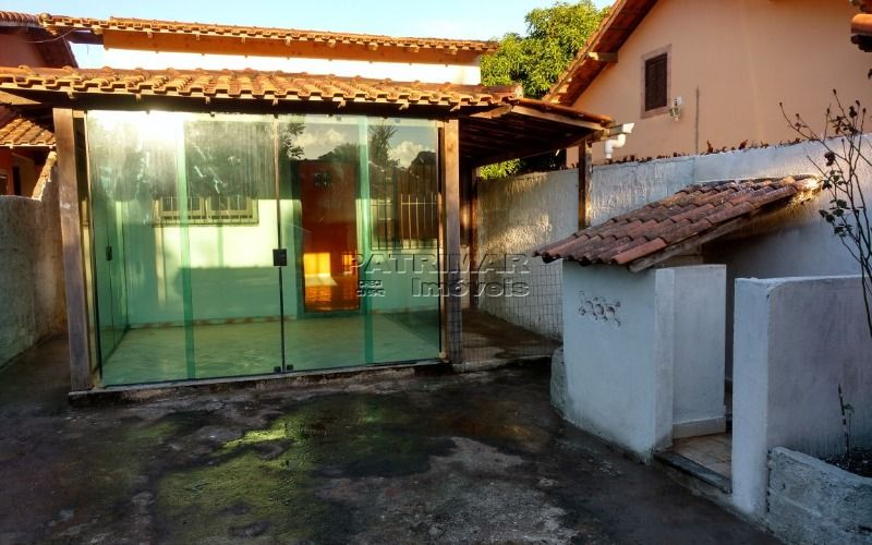 casa em Itaipuaçu com excelente localização