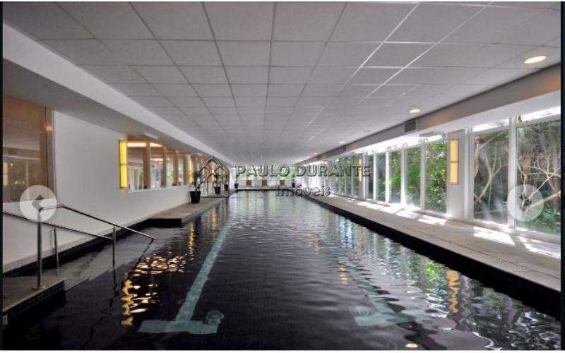 1 piscina coberta (2).JPG