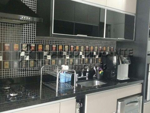 Chrome Morumbi Apartamento com 132 metros, 4 dormitorios sendo 3 suite, 2 vagas demarcadas.