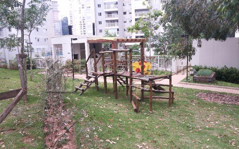 play (8)