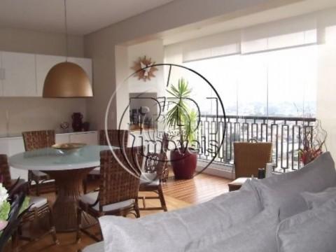 Apartamento 85 metros, 2 suites, 2 vagas Morumbi