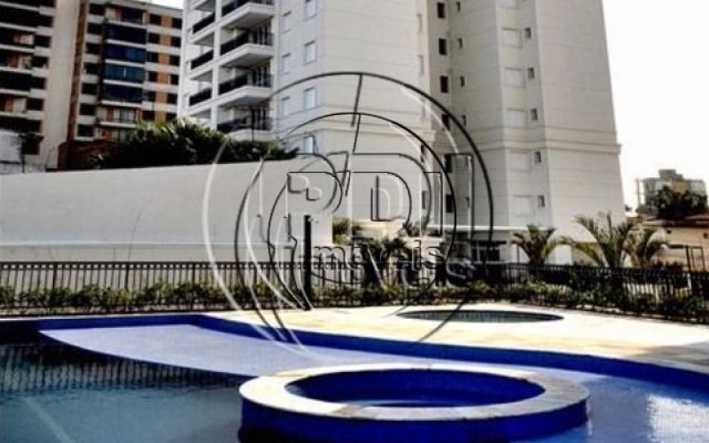 skyline piscina