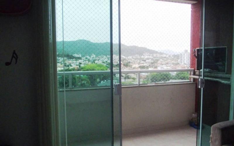 Apartamento no Itacorubi com vista para o verde (7
