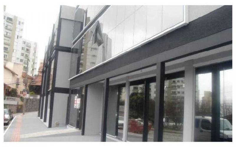 prédio comercial novo no centro de Florianópolis 1
