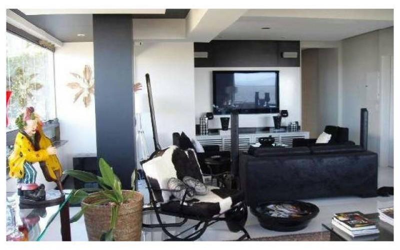 apartamento de luxo na av beira mar norte em Flori