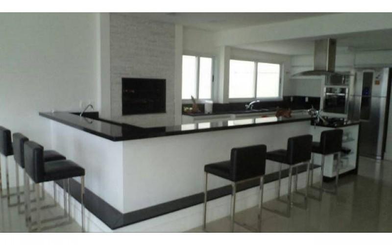 casa nova frente mar em jurerê (10)