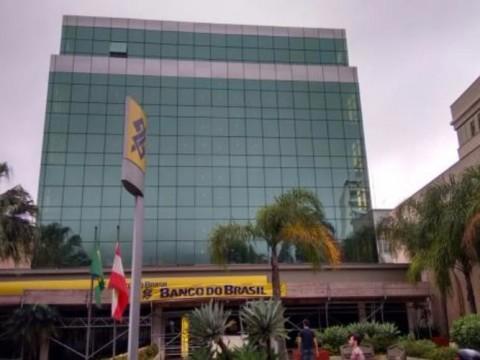 Prédio Comercial em Trindade - Florianópolis