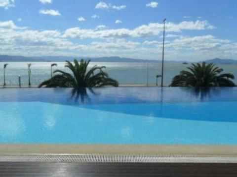Apartamento em Beira Mar - Florianópolis