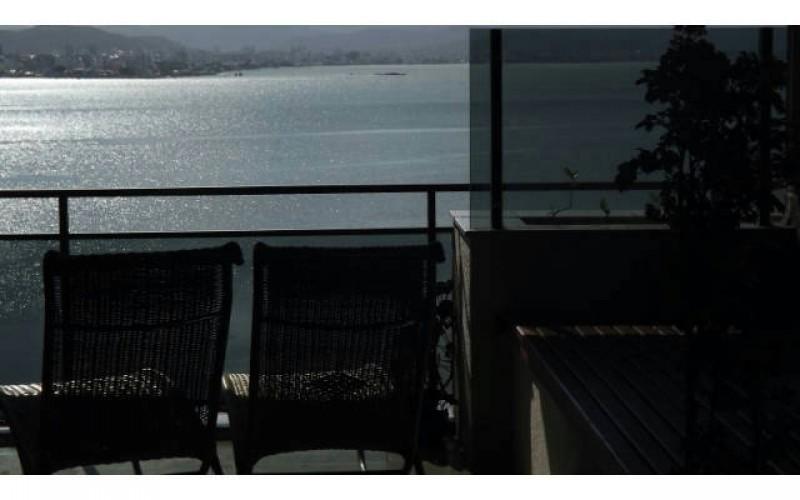 Apto alto padrão beira mar florianopolis (26)