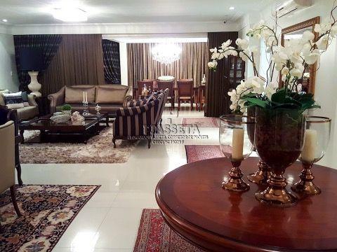 Casa de alto luxo em condomínio fechado em Jurerê
