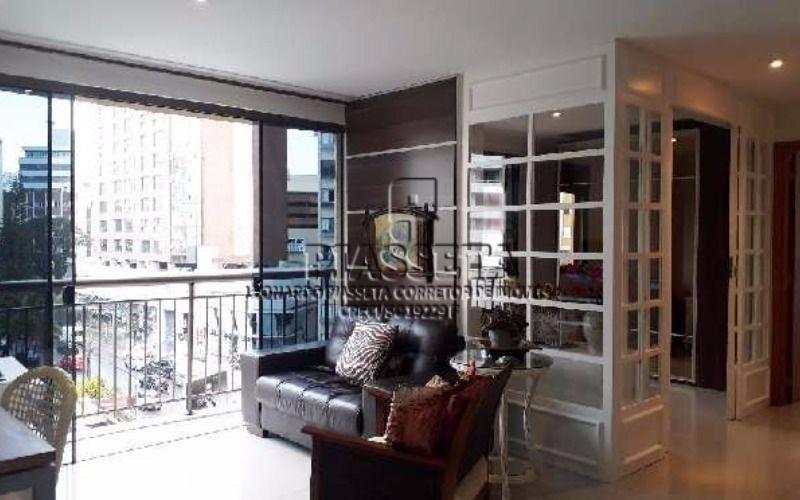 Apartamento semi mobiliado 2 dormitórios ao lado do beira mar shopping com lazer completo na cobertura.
