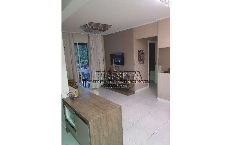 Apartamento semi mobiliado 2 dormitórios, sendo 1 suíte, área de lazer completa no Itacorubi