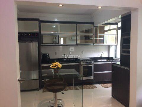Lindo apartamento finamente mobiliado e decorado - Kobrasol - São José.