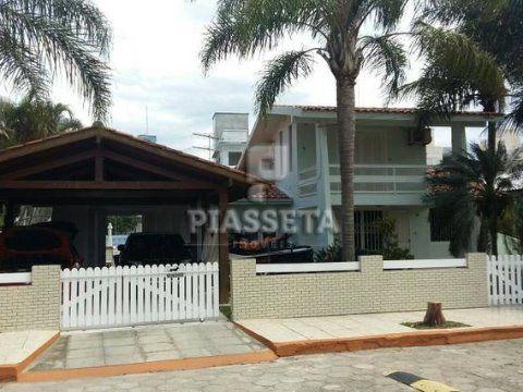 Pronta para morar, veranear ou alugar!! Casa 5 quartos 3 vagas Condomínio Costa Norte.