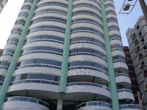 Apartamento 3 suites p/ alugar no Forte