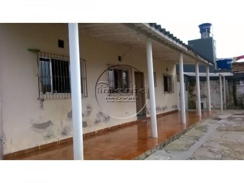 Casa 1 dormitório p/ venda em Mongaguá