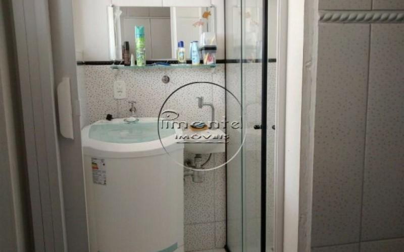 Banheiro c/ área de serviço conjugada